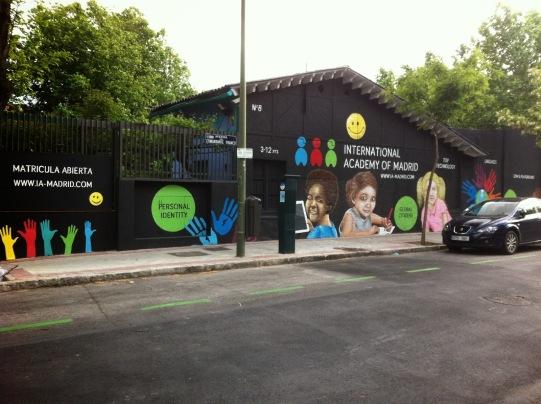 Colegio Madrid. Graffitero profesional